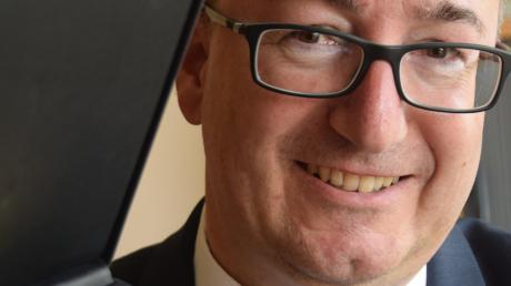 Die Ulrichsmedaille für Minister Gerd Müller hat Stiftungsgeschäftsführer Peter Hurler bereits mit nach Berlin genommen.