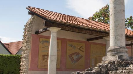 Auch am Apollo-Grannus-Tempel in Faimingen führt die Tour Donautal-M vorbei. Dort ist auch die Station einer Lauschtour.