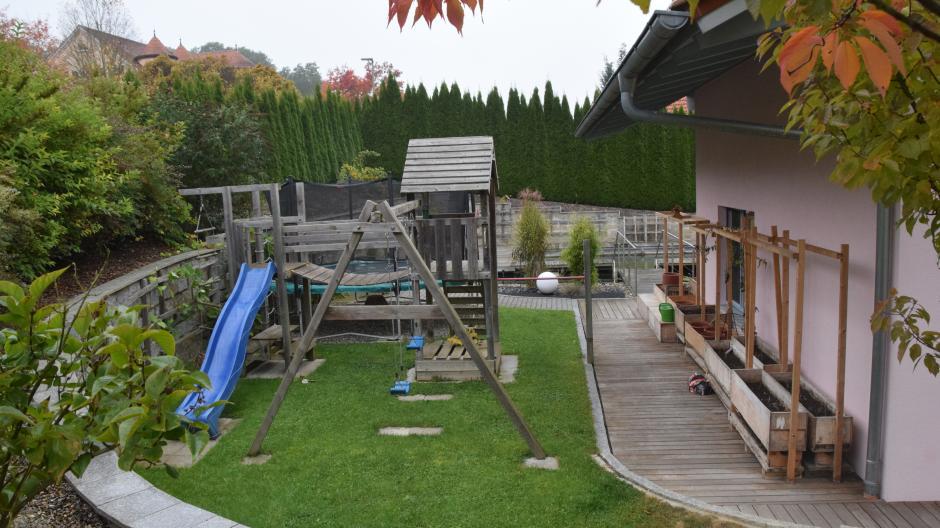 Für Kinder eingerichtet: das Anwesen der Familie Strobel in Eppisburg. Dort hatte Shalomah Hennigfeld acht Jahre lang ein Zuhause.