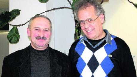 Martin Hirner (links) und Herbert Keller aus Aislingen sind ehrenamtliche Richter am Sozialgericht in Augsburg. Foto: Dusik