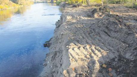Das Wasserwirtschaftsamt Donauwörth hatte nördlich von Genderkingen einen Teilbereich des Donauufers (Nähe Bayertonihof) entfernt – die Kommunikation mit den Gemeinden in dieser Sache lief jedoch nicht optimal.
