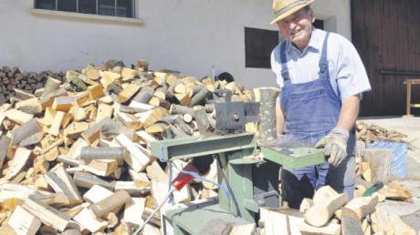 81 Jahre und kein bisschen müde: Johann Baptist Fackler aus Huisheim hat ein Leben lang mit der Natur im Einklang gelebt.