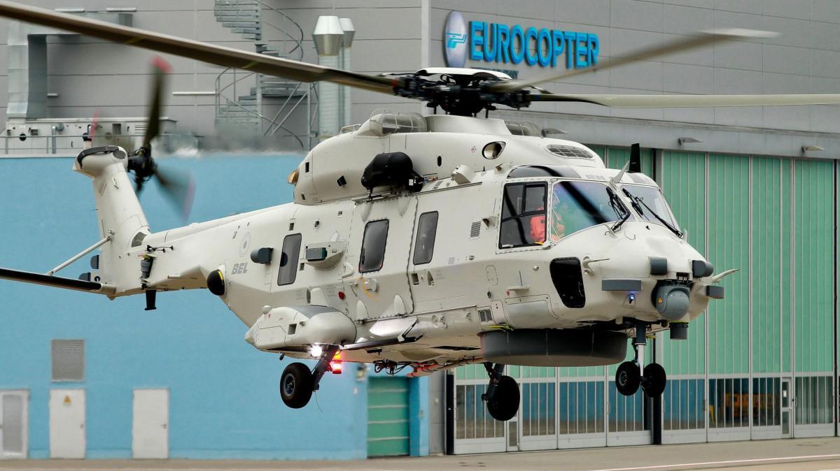 Eurocopter marine hubschrauber für die belgier hebt in