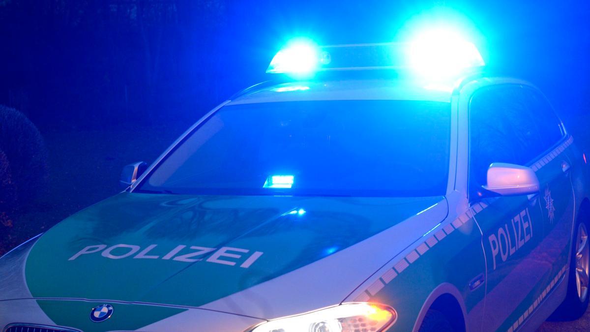 augsburg polizeiauto jagt jugendliche auf frisiertem. Black Bedroom Furniture Sets. Home Design Ideas