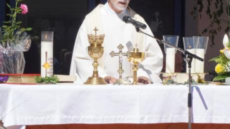 Ist seit 50 Jahren Priester: Anton Hirschbeck.