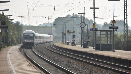 Bahnhof_Otting_Weilheim_11.jpg