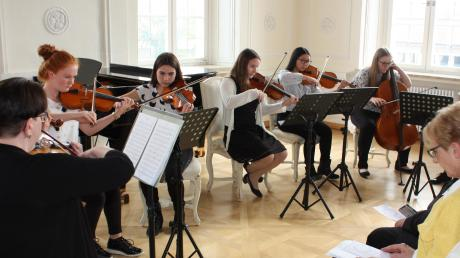 Copy%20of%20Kulturfr%c3%bchling_Musikschule(1).tif