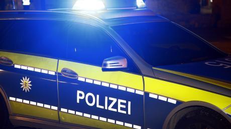 Besuch von der Polizei kam am Nikolausabend ein Mann in Dießen, aus dessen Wohnung es verdächtig roch.