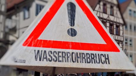 Sieben Wasserrohrbrüche hatte es in eineinhalb Jahren in Döpshofen gegeben. Dennoch findet der Bürgermeister die Kritik der Bürger nicht gerecht.