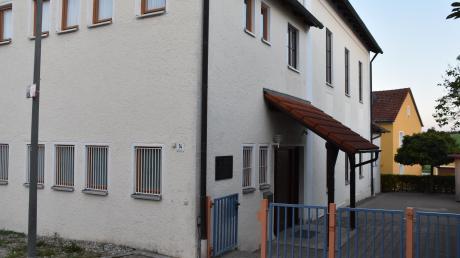Der Kindergarten in Rögling soll saniert und umgebaut werden, um dauerhaft Platz für eine zweite Gruppe zu bieten.