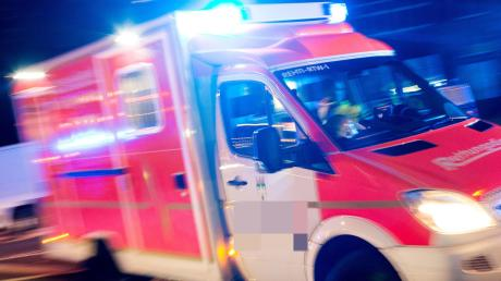Ein Motorradfahrer wurde bei einem Unfall in Edelstetten schwer verletzt.