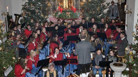 Wunderbare Klänge entfalteten sich beim Weihnachtskonzert in der Röglinger Pfarrkirche.