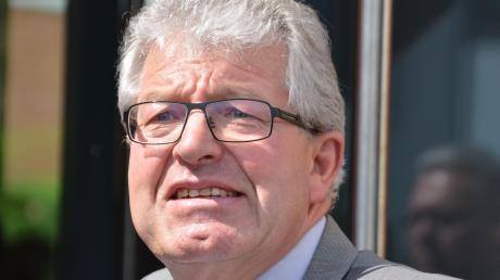 Gegen Georg Vellinger, Bürgermeister in Buchdorf. wird ein Disziplinarverfahren geführt.