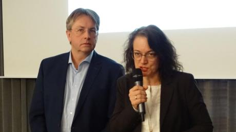 Thomas Kraft und Sylvia Heudecker (Bild untenrechts) stellten das Konzept für Nordschwaben vor.