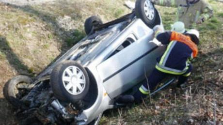 Eine 19-jährige Fahranfängerin verlor die Kontrolle über ihren Wagen. Der Unfall passierte nahe Fünfstetten.