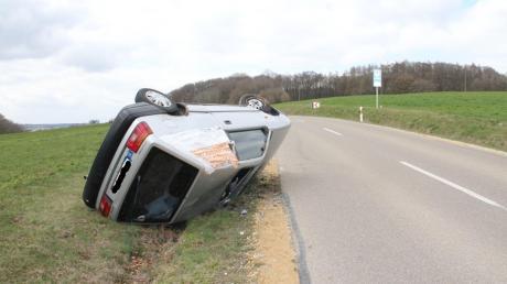 Zwei Geschwister wurden bei einem Unfall nahe Marxheim verletzt.