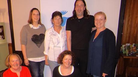Sie führen den LBV Kreisgruppe Donau-Ries: (von links) Brigitte Kraft (Leitung LBV Bezirksgeschäftsstelle Schwaben), Nicole Wirth, Anna Schramm, Barbara Brutscher, Helmut Staber und Irmgard Götz.