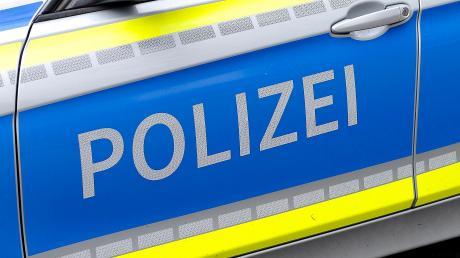 Mehrere Unfälle haben sich am Sonntagabend auf der A7 bei Hopferau ereignet. Die Zahl der Verletzten war bislang unklar.
