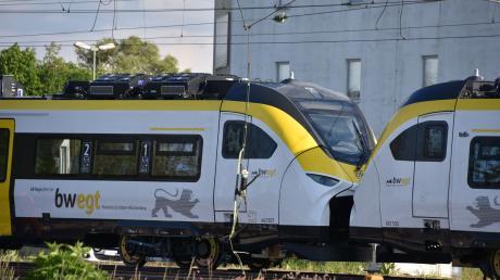 Bahn_Oberleitung_1.jpg