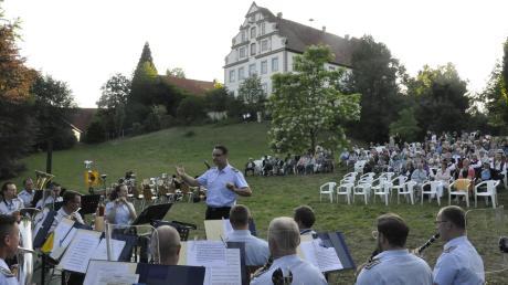 Traumhafte Klänge vor traumhafter Kulisse: Das Gebirgsmusikkorps im Tapfheim.