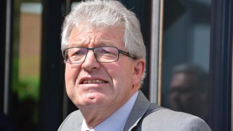 Georg Vellinger ist seit 1990 Bürgermeister der Gemeinde Buchdorf. Momentan spielt er mit dem Gedanken, 2020 nochmals antreten zu wollen. Dies wäre aber nur unter bestimmten Voraussetzungen möglich.