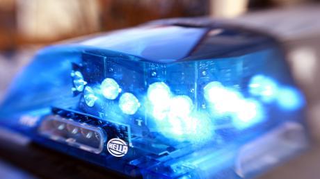 Die Polizei war in Tagmersheim im Einsatz. Dort wurde in eine Lagerhalle eingebrochen.
