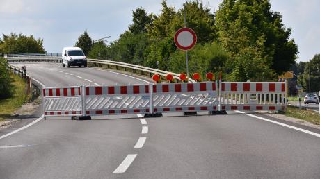 Die B16 zwischen Donauwörth und Tapfheim ist seit Ende Juli bis Mitte September gesperrt.