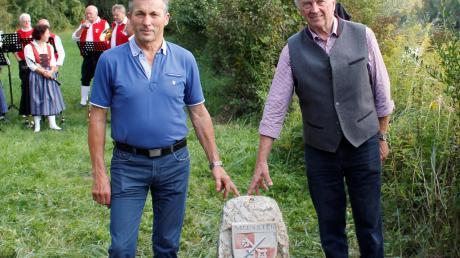 Die beiden Gemeindechefs: Manfred Schafnitzel aus Ellgau (links) und Gerhard Pfitzmaier aus Münster.