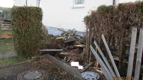 In Graisbach ist ein 24-Jähriger in den Gartenzaun gekracht - hier ein Symbolbild.