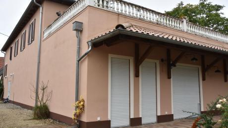 In diesem Gebäude in der Ortsmitte soll nach dem Willen einer Initiative der Dorfladen in Ebermergen angesiedelt sein.