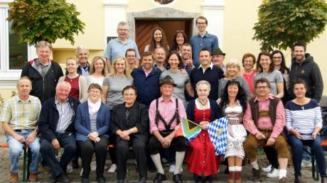 Von verschiedenen Kontinenten kamen die Enkel von Johanna und Hans Herb zu einem Familientreffen nach Nußbühl und Wemding.