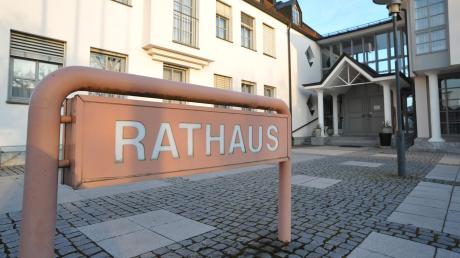 Wer wird neuer Chef im Bäumenheimer Rathaus, Martin Paninka oder Bernhard Jung? Die Stichwahl muss entscheiden.