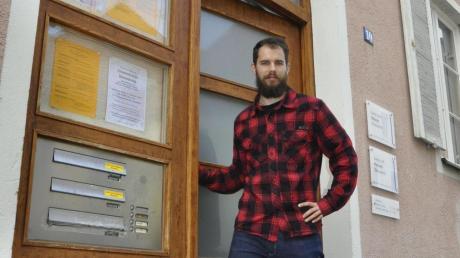 Johannes Hildebrandt ist angekommen in der Donauwörther Heilig-Kreuz-Straße. Von hier soll er die evangelische Jugendarbeit koordinieren.