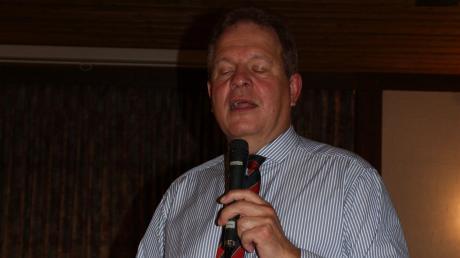 Bürgermeister Wolfgang Kilian bei seiner letzten Bürgerversammlung in Harburg.