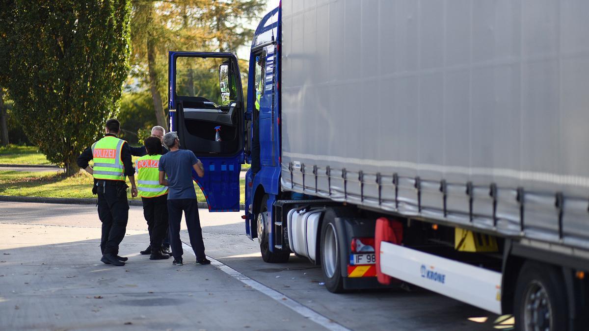 Ukrainischer Lkw-Fahrer ohne gültiges Visum - Augsburger Allgemeine