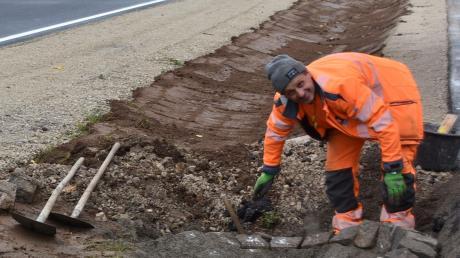 Auch Entwässerungsschächte werden fertiggestellt.