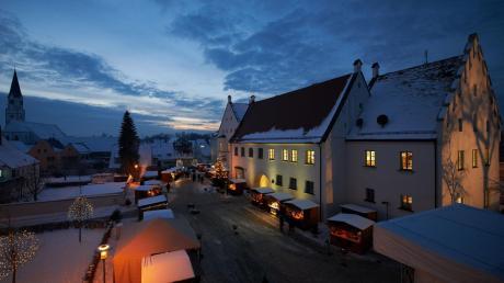Die Schlossweihnacht ist das nächste festliche Ereignis in der Stadt Rain. In Zeiten des Wahlkampfes gelten dort aber besondere Regeln.