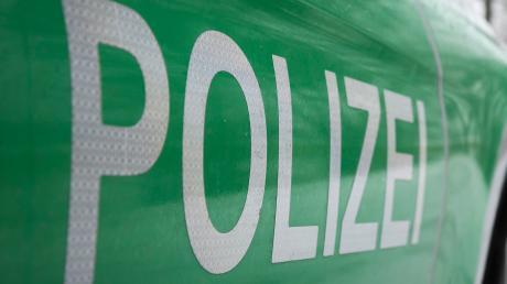 Ein 24-Jähriger Autofahrer fiel den Polizisten in Walchshofen bei einer Verkehrskontrolle auf. Jetzt droht ein Bußgeldverfahren.