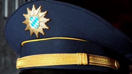 Die Polizei ermittelt in einem Fall von Unfallflucht am Wildbad in Wemding.