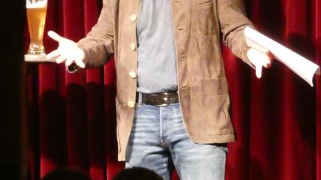 Django Asül glänzte in der Kaisheimer Kleinkunstbühne.