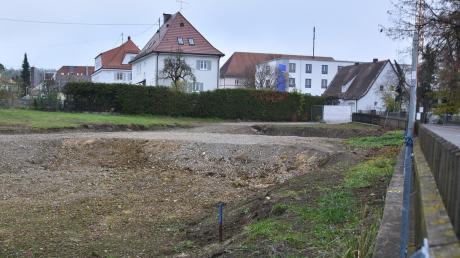 Auf dieser Fläche an der Sallingerstraße möchte die Gemeinnützige Baugenossenschaft Donauwörth neue Wohnungen errichten.