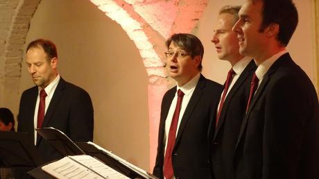 Das Männerquartett Vocativ sang reinstes A cappella im Sulzer Gewölbe und weihte den Saal damit als Konzertraum ein.
