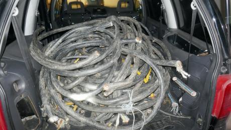 Dies Stromkabel entdeckte die Polizei bei einer Kontrolle in Tapfheim in einem Auto. Es handelt sich um Diebesgut.