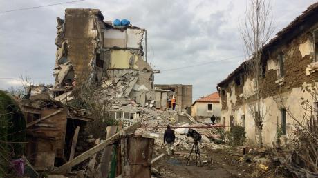 In Albanien hat es ein schweres Erdbeben gegeben. Der Förderverein Schwester Christina will helfen.