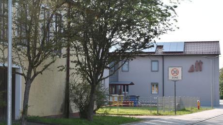 Neben dem Kindergarten in Monheim soll eine neue Kindertagesstätte entstehen. Baubeginn ist für Frühjahr geplant.