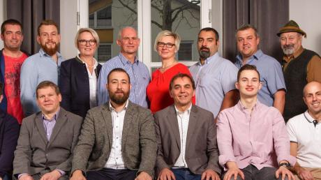 Das sind die Kandidaten der PWG/Freie Wähler in Mertingen für die Gemeinderatswahl im März. Die Liste wurde einstimmig verabschiedet.