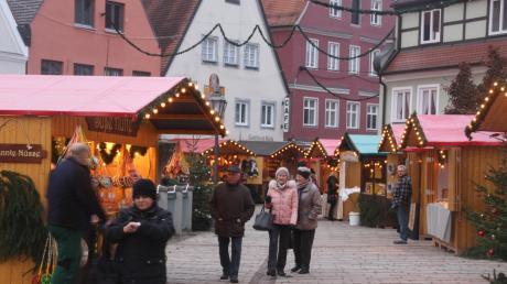 Romantischer Weihnachtsmarkt in Donauwörth.