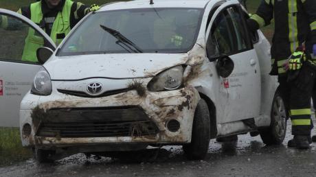 Eine 25-Jährige hat sich mit ihrem Auto überschlagen.