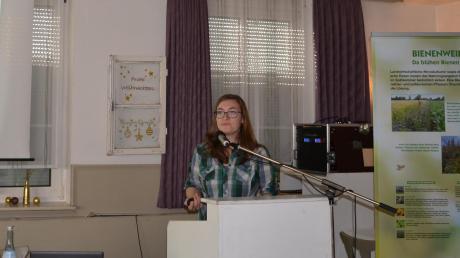 Susanne Frunder referierte bei den Imkern.