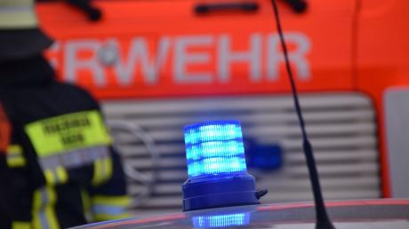 Weil ein Auto in Untermeitingen Feuer fing, musste die Feuerwehr ausrücken.
